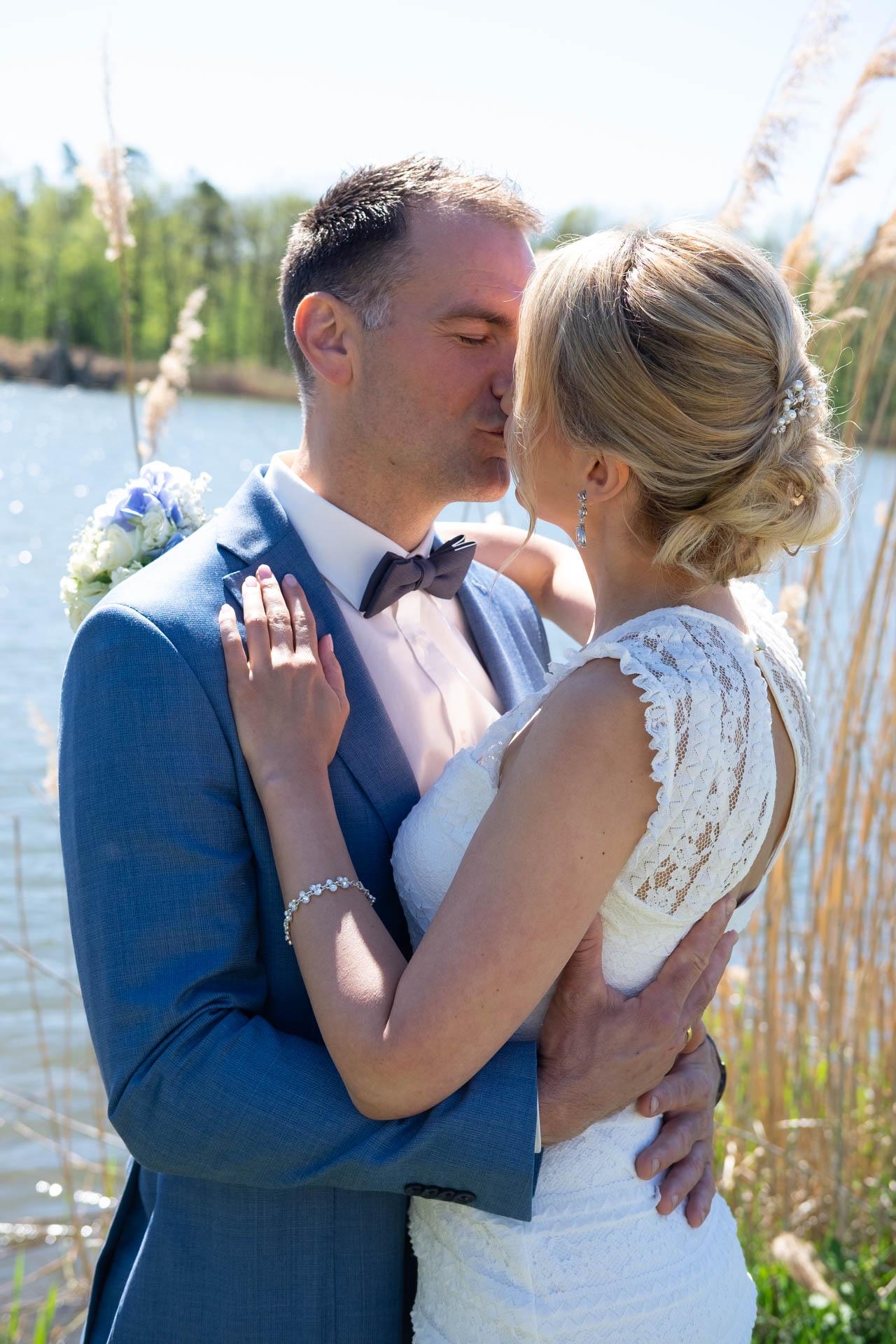 Brautpaarbilder am See